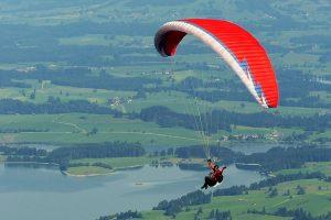 paraglider-1644986_640